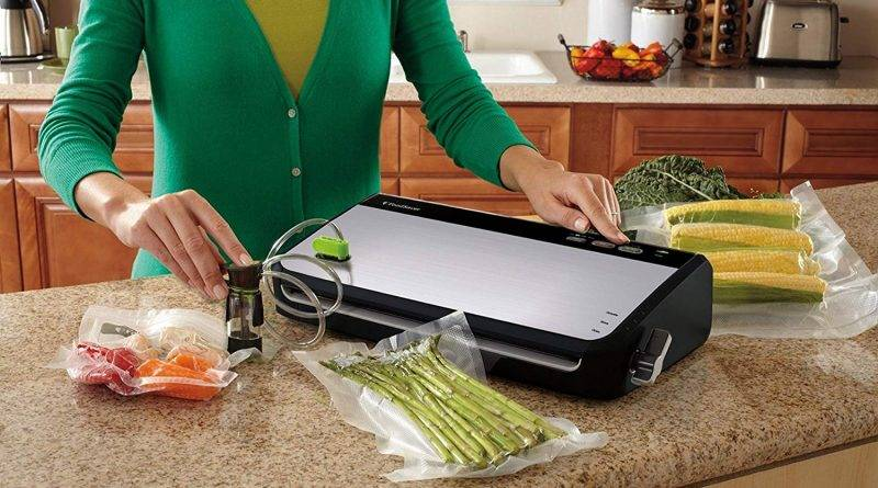 You don't have to shell out a lot of money to get great results, and the FoodSaver Vacuum Sealer FM24350ECR System is there to prove it.