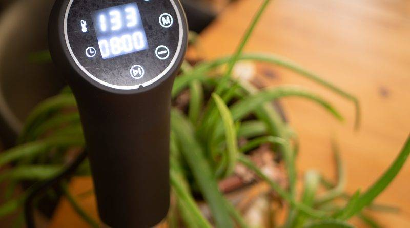 Review: Instant Pot Accu Slim Sous Vide Immersion Circulator