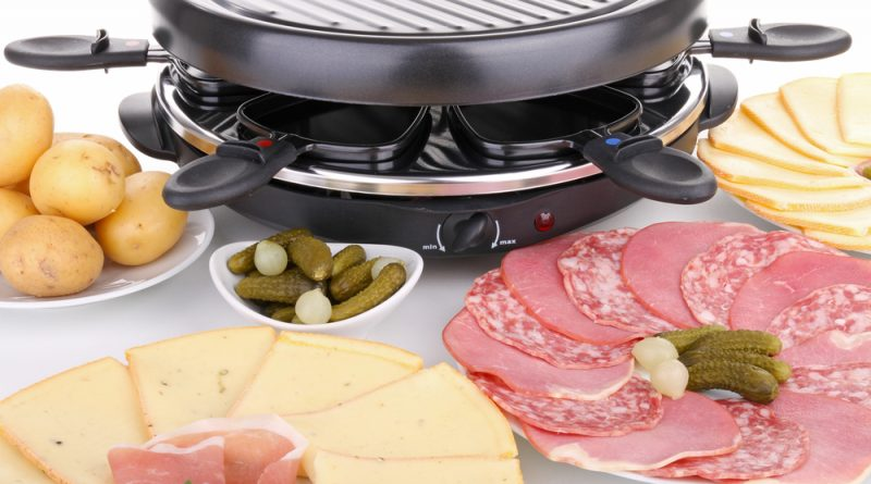 Discovery the culinary magic and versatility of a raclette set. We've rounded up the best raclette sets that you can find online.